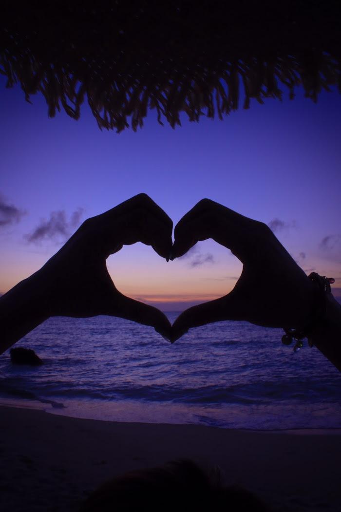 『LOVE』のフリー写真画像[ID:8978]